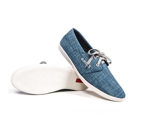 Giàyrepas lowtop thời trang nam Zapas xanh dương mang đến vẻ ngoài lịch lãm, sang trọng với giá chỉ 129.000 đồng (gía gốc 300.000 đồng, giảm 57%).