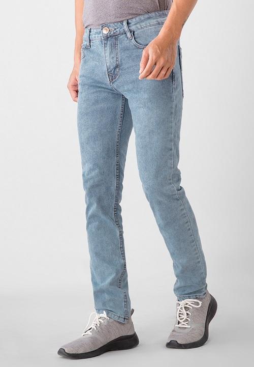 Quần jeans nam Papka xanh nhạt 589.000 đồng. Quần có thiết kế đơn giản và màu sắc đơn giản là gợi ý tạo điểm nhấn cho phong cách trẻ trung và năng động của bạn
