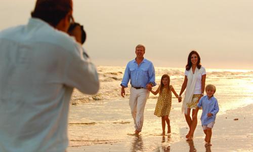Một gia đình ở Anh tuyển thợ chụp ảnh cho chuyến du lịch vòng quanh thế giới của họ với nhiều đãi ngộ. Ảnh minh hoạ: Justdial.