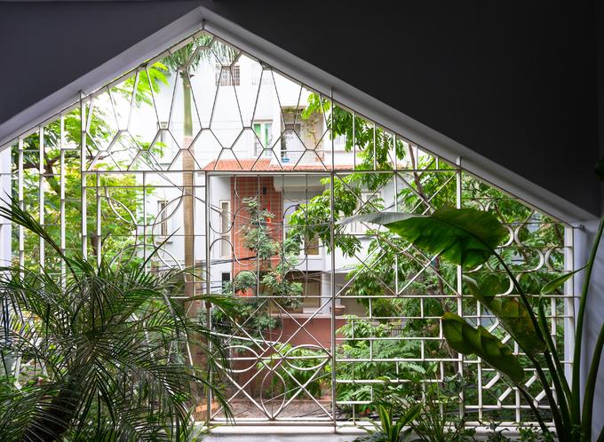 Ngôi nhà gợi nhớ xứ sở Alibaba ở Hà Nội