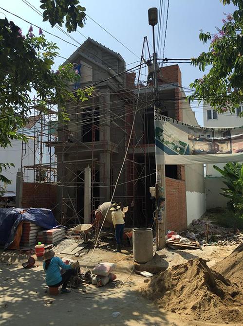Từ tháng 8 âm lịch hàng năm, kiến trúc sư Huỳnh Xuân Hải đều từ chối nhận những công trình cải tạo nhà lớn mà gia chủ yêu cầu hoàn thành trước Tết.Ảnh: Huỳnh Xuân Hải