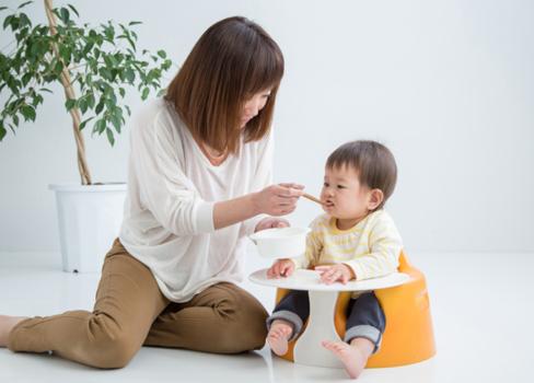Trẻ biếng ăn, nhẹ cân, hấp thu dinh dưỡng kém là cơn ác mộng cho các bậc phụ huynh. Ảnh: Shutterstock