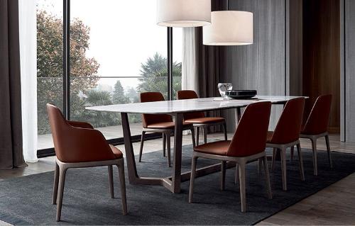 Ghế Grace màu cam, có thiết kế tinh tế, hợp với không gian trang nhã, lịch sự hiện đại mang phong cách nội thất châu Âu.