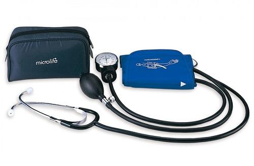 Bộ máy đo huyết áp cơ và ống nghe hiệu ALPK2 sản xuất tại Nhật Bản, gồm máy đo huyết áp,tai nghe, đồng hồ, với chất liệu bền và êm. Thiết bị y khoa này là công cụ không thể thiếu của bác sĩ, y tá hoặc sinh viên ngành Y. Sản phẩm đang được giảm 12%, chỉ còn 750.000 đồng.