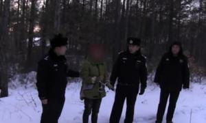 Mẹ vứt con sơ sinh trong tuyết vì thất vọng là con trai