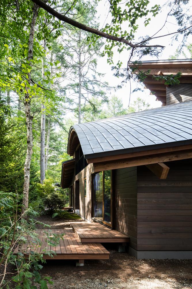 Biệt thự Nhật như '4 chiếc lá rơi' giữa rừng