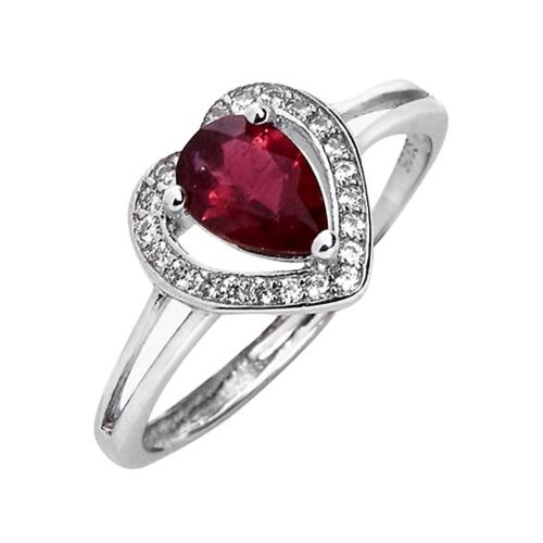 Đá ruby có chứa Crôm tạo nên màu đỏ quý phái được xem là màu mang lại nhiều may mắn, tốt lành. Nhẫn bạc mặt đá ruby đỏ làm từ đá tự nhiên, tạo hình mặt nhẫn trái tim, đang giảm 50% còn 900.000 đồng.