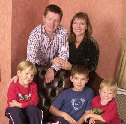 Richard và vợ cũ cùng 3 con trai. Ảnh: The Sun.