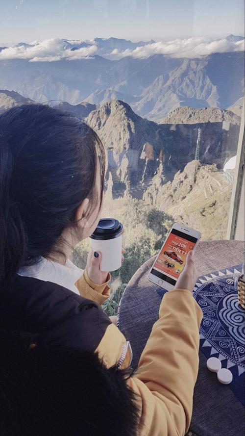 Nạp tiền điện thoại để thoải mái kết nối với người thân và có cơ hội trúng các giải thưởng giá trị từ nhà mạng Vietnamobile
