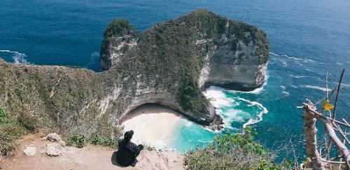 Dù bạn xuất hành lên núi cao hay xuống biển cả, Samsung Galaxy A7 và A9 đều giúp ghi lại những trải nghiệm độc đáo đó bằng nhiều góc chụp, từ phong cảnh đến cận cảnh.