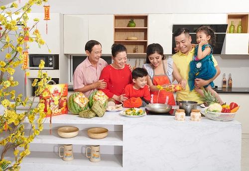 Khai bếp là nghi thức tìm lại hơi ấm cho gia đình, cầu mong mọi sự hanh thông nhờ hội đủ ngũ hành.