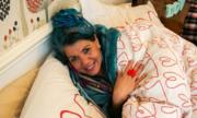 Người phụ nữ kết hôn với cái chăn vì 'chỉ nó chung thủy'