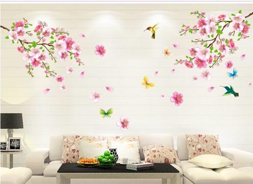 Không dễ tìm thợ sơn sửa nhà vào cuối năm, giá cả cũng cao hơn ngày thường. Chọn Decal dán tường là giải pháp tiết kiệm để làm mới không gian nhà. Decal dán tường cành đào hồng 3 PK162 in bằng công nghệ cao, không viền trắng, màu sắc lâu phai và dễ lau chùi bằng khăn ướt. Chất liệu nhựa PVC an toàn. Giá 75.000 đồng cho kích thước 110x120cm.