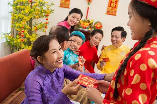 Lì xì vốn là một nét đẹp truyền thống lâu đời của người Việt trong mỗi dịp Tết đến.