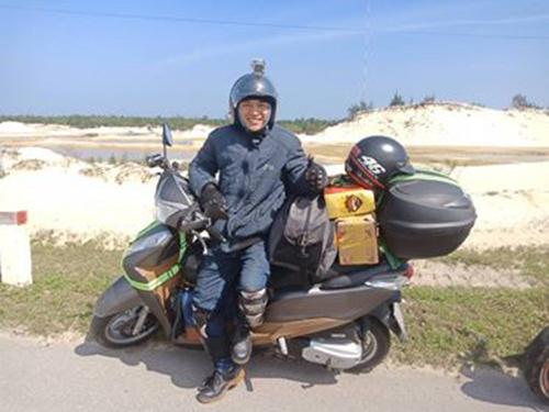 Để về đến Hà Tĩnh, anh Đức phải đi qua nhiều đoạn đèo hiểm trở, 700 km anhlại nghỉ một lần. Ảnh: NVCC.
