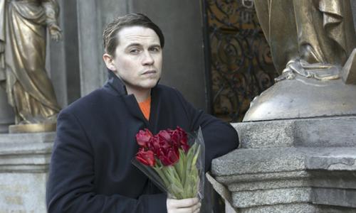 Caomhan Keane, người Anh, mang những ký ức đau buồn về các Valentine thủa nhỏ. Ảnh: Independent.