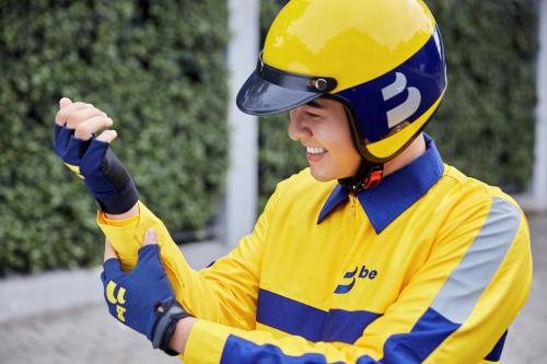 Ứng dụng gọi xe Be là đơn vị tiên phong trang bị mũ bảo hiểm 3/4 đạt chuẩn và các trang bị chất lượng cho đối tác BeBike (xe máy) và khách hàng.