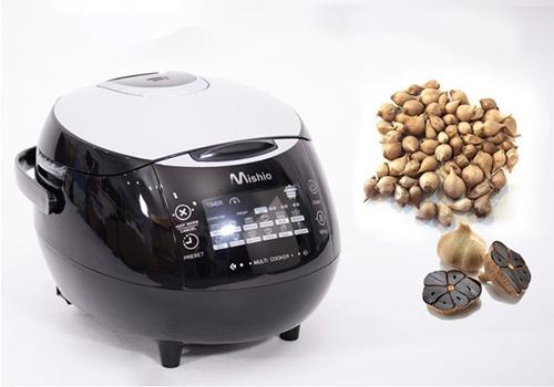 Cũng trong khung giờ này, nồi làm tỏi đen Mishio MK03 giảm giá về mức 1,299 triệu đồng. Sử dụng công nghệ phát nhiệt ba chiều, máy có khả năng tự động làm ra tỏi đen trong vòng 14 ngày, vớitỷ lệ thành công đến 99%.Giá gốc: 1,399 triệu đồng.