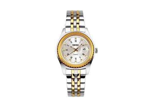 Đồng hồ nữ SkmeiNTS064 vàng sử dụng vỏ máy bằng hợp kim thép không gỉ 304 và kính khoáng cường lực. Mẫu mã có giá bán 346.000 đồng, sau khi giảm từ mức 899.000 đồng.