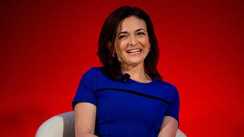 Nữ tỷ phú tuổi 50 đã ở vị trí COO của Facebook từ năm 2007. Ảnh: Financial Times.