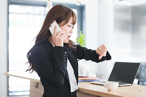 Ở Nhật, đi làm muộn, bạn sẽ bị mang tiếng xấu khắp công ty. Ảnh: Japan Info.