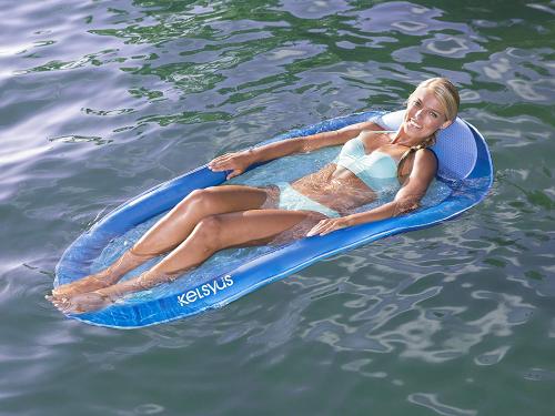 Phao bơi độc đáo cho chuyến du lịch biển - 3