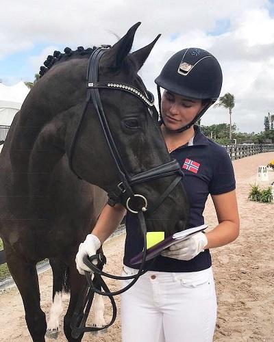 Alexandra đang là đội trưởng trẻ nhất trong 20 năm trở lại đây của đội tuyển đua ngựa Na Uy. Ảnh: Business Insider.