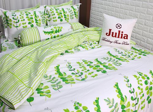 Chọn bộ chăn drap giường với chất liệu thoáng nhẹ phù hợp mùa hè góp phần mang lại giấc ngủ ngon.
