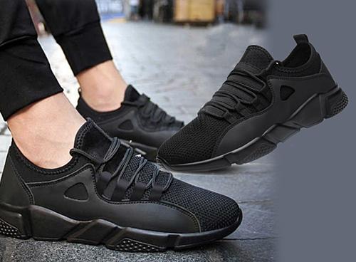 Giá ưu đãi 149.000 đồng cho đôi giày thể thao sneaker nam Passo G180 cá  tính, giá gốc đến 600.000 đồng. Chất liệu vải cao cấp giúp phần thân  giày ôm sát chân, mềm mại, trong khi phần đế cao su tạo độ bám vững  chãi. Màu đen dễ phối với nhiều trang phục, dù là đi làm hay đi chơi đều  phù hợp.