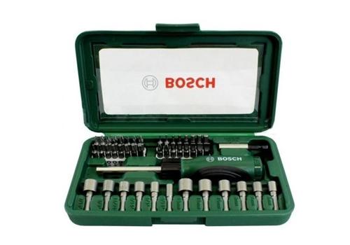 Bộ vặn vít đa năng 46 chi tiết Bosch 2607019504 giá 399.000 đồng. Bộ sản phẩm gồm46 mũi vặn vít và mũi vặn bu lông đủ các kích cỡ giúp công việc của bạn không bị gián đoạn khi đang làm việc. Hộp đựngcó tay cầm chắc chắn mang đến sự an toàn khi thao tác.
