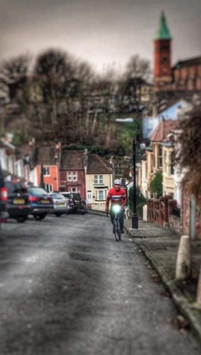 Phố Vale là nơi lý tưởng nhất để những tay đua xe đạp chinh phục. Ảnh: Twitter.