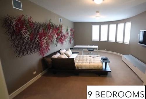 Ngôi nhà có 9 phòng ngủ và 19 phòng tắm.