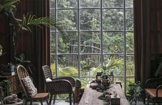Vợ chồng Đài Loan bỏ thành phố vào rừng xây nhà