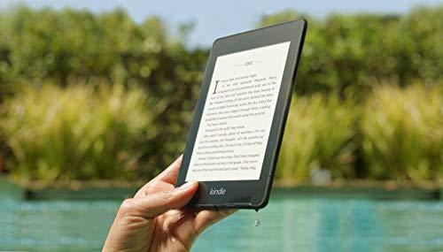 Kindle Paperwhite hiện được bán trên Amazon Mỹ. Người dùng Việt Nam có thể đặt mua trên Fado.vn để được hỗ trợ các khoản thủ tục, đặt mua.