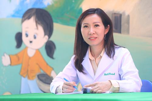 Bác sĩ Trần Thị Lệ, Tổng giám đốc NutiFood luôn đầy tâm huyết với mục tiêu cải thiện tình trạng suy dinh dưỡng, thấp còi ở trẻ em Việt Nam.