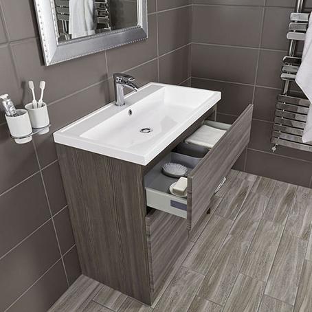 Tủ nhà tắm là một lựa chọn lý tưởng cho những phòng tắm chật. Ảnh: Bathstore.