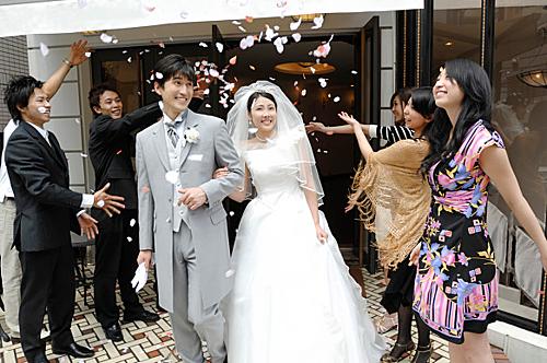 Một đám cưới của đôi trẻ Hàn Quốc. Ảnh: Charactermedia.