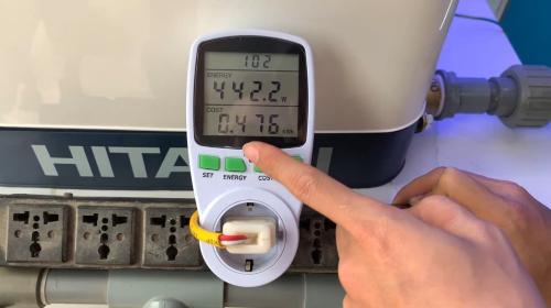 Test thử hoạt động liên tục trong vòng 1h, máy tiêu thụ hết 0,47 số điện khi mở 3 vòi.