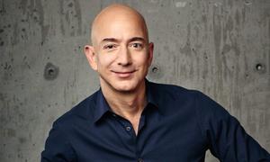 Ông chủ Amazon ly dị vợ