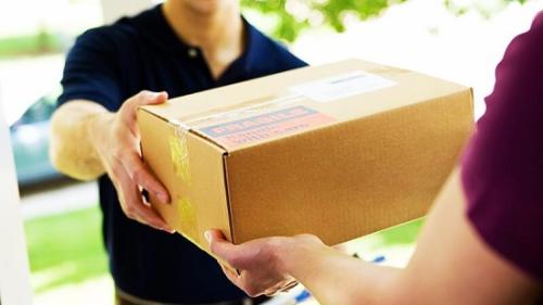 Sử dụng dịch vụ vận chuyển hàng từ nước ngoài về Việt Nam của Giaonhan247 giúp bạn yên tâm khi mua hàng.
