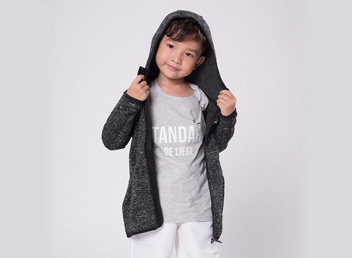 Áo khoác Hoody trẻ em thương hiệu Jartazi, vải  Polyester co giãn giá ưu đãi 693.000 đồng.