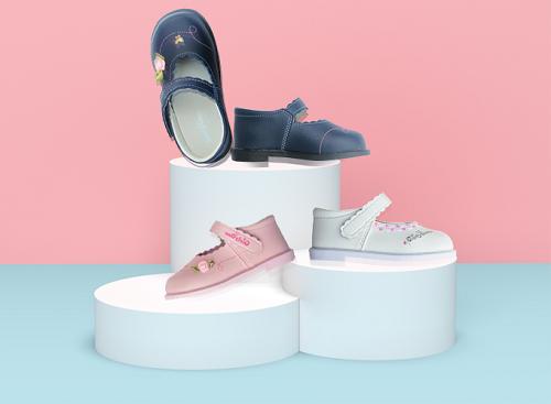 Giày thời trang bé gái mã SS0842 màu xanh đen, hồng nhạt, màu trắng giá 349.000 đồng.