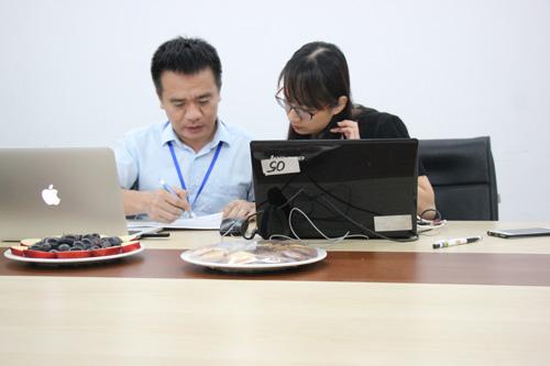 Nhiều thắc mắc của độc giả về cách sử dụng điện tiết kiệm được hai chuyên gia giải đáp.