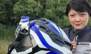 Bà mẹ phượt môtô qua 20 quốc gia thăm con gái song sinh