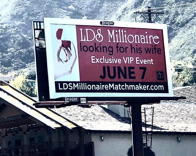 Biển quảng cáo tuyển vợ của vị triệu phú giấu tên trên xa lộ bang Utah. Ảnh: Elle