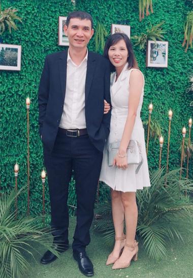 Vợ chồng anh Minh có 3 con, hiện sốngở Sơn Tây (Hà Nội). Hàng ngày anh đi đi về về với gia đình, tuần có 2 buổi trực ở cơ sở hậu cai nghiện. Ảnh: NgọcMinh.