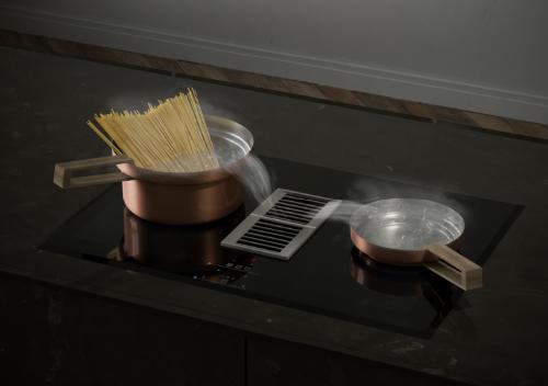 Bếp từ kết hợp máy hút mùi là một trong những sản phẩm mới nhất của Häfele dành cho không gian bếp.
