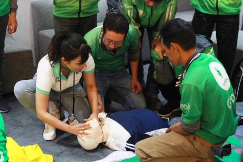 Khóa học kỹ năng sơ cấp cứu cũng nhận được nhiều sự quan tâm của đối tác tài xế.
