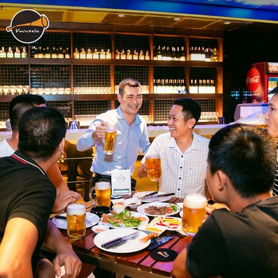 Phong cách thưởng thức bia tươi từ xưa tới nay - 2