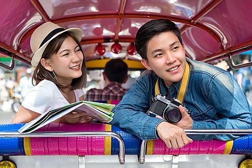 Du lịch cùng nhau để biết chân thật về người ấy và cũng để biết bản thân bạn có chấp nhận được không. Ảnh: Travelasia.